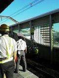 舞浜駅、暴風壁破損。