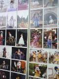 ある写真屋に張られた写真たち