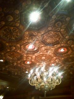 ロミオウォッチ&ジュエリーの天井