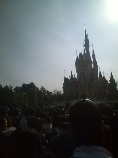 「リズム・メロディー・ハーモニー」初回公演まで、あと0日00:03