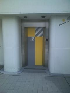 こんなとこにエレベーター