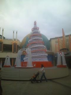 11月6日、街はクリスマスの舞台へ
